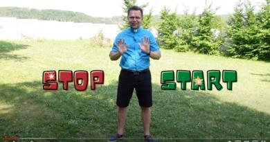 Stop Start se svatými